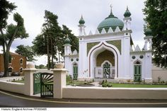 The Shah Jahan Mosque,Woking, was commissioned by Dr Gottlieb Leitner, designed by William Isaac Chambers and completed in 1889 Architecture Design, Mosque Architecture, Shah Jahan Mosque, Central Mosque, Green Dome, University Of Westminster, Muslim Culture, Design Social, Grand Mosque