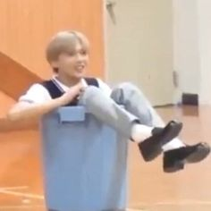 this is what i've been up to these days eh ☀️ haechan 해찬 donghyuck hyuck hyuckie haechannie donkey fullsun sunflower nct nctzen kpop sm smentertainment Jisung Nct, Meme Faces, Funny Faces, Reaction Pictures, Funny Pictures, Shinee, All Meme, Funny Kpop Memes, Rapper