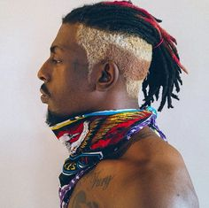 Meechy Darko from Flatbush Zombies (x-post from -r-HipHopImages) Dreadlock Hairstyles For Men, Black Men Hairstyles, Dope Hairstyles, My Hairstyle, Haircuts For Men, Dread Braids, Zombie Hair, Freeform Dreads, Colored Dreads