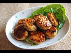 This video will show you how to make Tsukue, chicken meat balls with a kind of Teriyaki sauce. Full recipe here: http://www.japanesecooking101.com/tsukune-re...