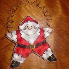 Papai-Noel-Enfeite-De-Natal-De-Forma-De-Uma-Estrela-Feito-A-Mao-Acabamento-Cross-Stitch