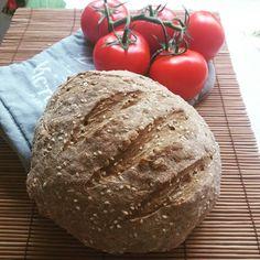 Íme a finom, puha foszlós mindenmentes** fehér kenyér szénhidrátcsökkentett változata! Az eredeti receptet itt találjátok:RECEPT ITT! A napokban több cukorbeteg is kérdezte tőlem, hogy hogyan lehetne az új Szafi Free világos puha kenyérnek tovább csökkenteni a szénhidrátértéké Gluten, Minden, Bread, Vegan, Food, Brot, Essen, Baking, Meals
