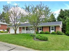 516 HILLCREST DR, Bellefontaine, OH 43311 Listing ID368815 WRIST Listing Price$134,900 Bedrooms3 Total Baths2 Square Feet 1,356 Acres 0.180 StatusActive