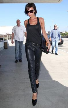 Victoria Beckham media gallery on Coolspotters. See photos, videos, and links of Victoria Beckham. Victoria Beckham Outfits, David And Victoria Beckham, Victoria Beckham Style, Vic Beckham, Super Moda, Victoria Fashion, Mode Jeans, Estilo Fashion, Famous Women