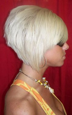 white a-line bob, blonde short hairstyle