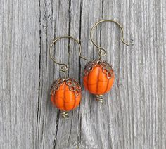 Hey, I found this really awesome Etsy listing at https://www.etsy.com/listing/202811789/halloween-pumpkin-earrings-lead-free