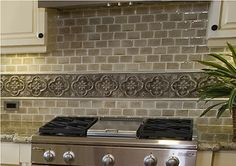 Google Image Result for http://www.firstincounters.com/wp-content/uploads/2012/05/Backsplash-Countertop-Combinations1.jpg