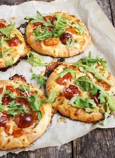 Mini Cherry Tomato and Bocconcini Pizzas