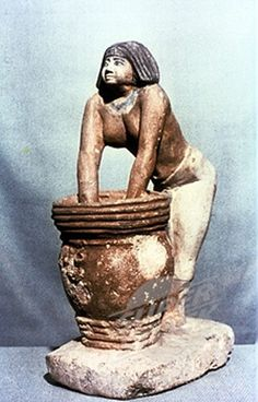 woman brewing beer in ancient Egypt
