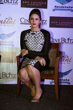 Bollywood Hot Actress Huma Qureshi Stills In Black Dress - Actress Album Bollywood Actress Hot Photos, Indian Bollywood Actress, Bollywood Girls, Beautiful Bollywood Actress, Bollywood Celebrities, Beautiful Women Pictures, Beautiful Asian Girls, Stunning Girls, Hot Actresses