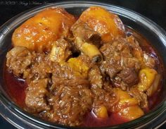Keri nu Gosht – Mutton cooked with ripe Alphonso Mangoes Goat Recipes, Veg Recipes, Indian Food Recipes, Ethnic Recipes, Posh Nosh, Lamb Curry, Thing 1, Chicken Marsala, Meat Chickens