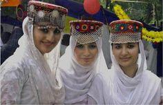 girls represented traditional cap of Gilgit Hunza