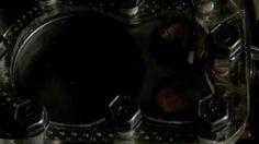 Este vídeo del funcionamiento interno de un motor nos permite ver cómo se produce la combustión, gracias a una cubierta transparente.