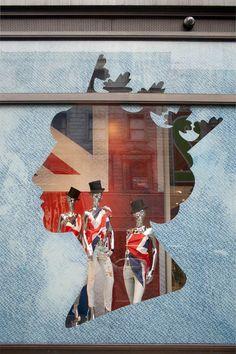 Guess Regent Street, Queen's Diamond Jubilee windows, London visual merchandising Window Display Design, Store Window Displays, Booth Displays, Booth Design, Visual Merchandising Displays, Visual Display, Retail Windows, Store Windows, Vitrine Design