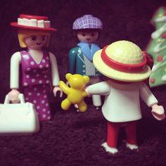 @playmobil #playmobil #playmobilfamily #playmobilstories #playmobilstory #플레이모빌 #family #toys #christmas #christmasgift #christmaspresent #playmobilvictorian #victorian #플레이모빌빅토리안 #victorianfamily