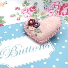 'Heart-Felt' - Little felt and button brooch - soft pink - FREE UK P £4.75