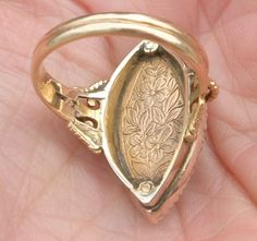 (back view) Gold, Diamond, Enamel Forget-Me-Not Ring. 18th Century. England. | Courtesy: Barbara Robbins