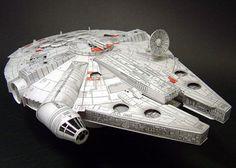 Millenium Falcon Papercraft Model Pattern