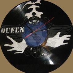 21,50 € Horloge vinyle décoration Queen Vinyl Record Clock, Record Art, Vinyl Records, Vinyl Cd, Queen Freddie Mercury, Scroll Saw, Boutique, Art Plastique, Decoration