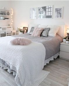 Cozy Home Decoration Ideas For Girls& Bedrooms - cozy home decorating ideas for girls bedroom, - Dream Rooms, Dream Bedroom, Bedroom Small, Small Teen Bedrooms, Pretty Bedroom, Bedroom Ideas For Small Rooms Cozy, Grey Bed Room Ideas, Bedroom Shabby Chic, Classy Bedroom Ideas