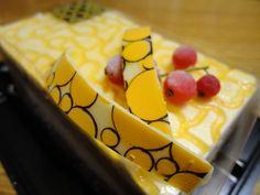 コンビニケーキみたいなケースに入っていたけど百貨店のケーキ。