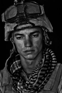 War in Afghanistan. US Marines. War Portraits. The faces of war.