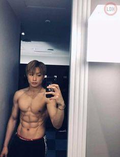 Sexy Asian Men, Sexy Men, Hirunaka No Ryuusei, Chico Fitness, Muscle, Japanese Boy, Male Body, A Good Man, Male Models