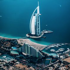 More than just a shopping and stopover destination, here are 12 places to visit in Dubai. Dubai is a combination of tall palm trees, taller buildings, Cheap Places To Travel, Cheap Travel, Cool Places To Visit, Dubai Travel, Rome Travel, Luxury Travel, Grand Canyon National Park, National Parks, Abu Dhabi