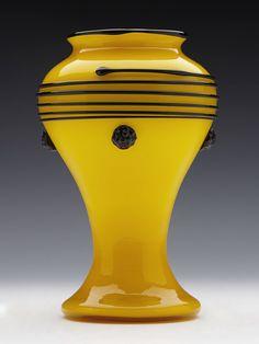 .. Stunning Loetz Yellow Tango Art Glass Vase Designed By Michael Powolny c.1916 ..