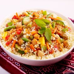 Discover the recipe couscous with vegetables on Cuisine-actuelle. Veggie Recipes, Vegetarian Recipes, Cooking Recipes, Healthy Recipes, Healthy Food, Diner Menu, Pasta, Winter Food, Lunches And Dinners