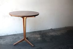 Rian Cafe Table