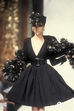 Image from object titled 'Christian Dior, Autumn-Winter Couture' Dior Fashion, 2000s Fashion, Couture Fashion, Runway Fashion, Fashion Outfits, Dior Haute Couture, Christian Dior Couture, Christian Dior Dress, Christian Siriano