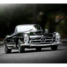 Sunday Cruisin' #mensfashion #fashion #style #menswear #gentleman #gentlemen #handsome #class #classy #wheels #luxury #sharp #dapper #sundays #haberdashery #suit #suitandtie #convertible #shoes #grooming #mensstyle #swag #swagger #mercedes #bowtie #bespoke #benz #cars #dappermanschoice
