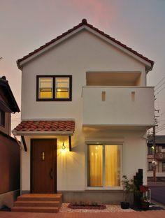 Japan House Design, Village House Design, House Front Design, Tiny House Design, Minimal House Design, Modern Small House Design, Modern Minimalist House, Facade House, Small House Plans
