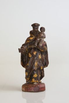 Imagem de Santo Antônio , do Mestre da Canelura, Minas Gerais,  em madeira policromada,  medindo 12,5 cm.  Século XIX.