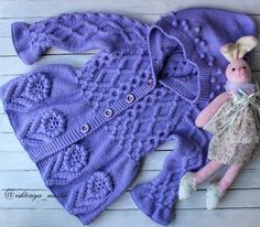 Discover thousands of images about Ideas Crochet Baby Outfits Girl Toddlers Toddler Cardigan, Baby Cardigan, Baby Girl Patterns, Baby Knitting Patterns, Baby Outfits, Crochet Baby Clothes, Cardigan Pattern, Crochet Cardigan, Baby Sweaters