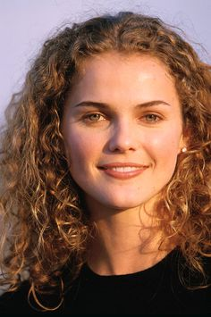 Keri Russell would have made the perfect Claire.  Just darken her hair a bit.  Those are the curls they should have cast.
