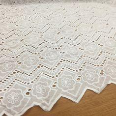Ojalillo😍. . . . . #biltex #telas #bucaramanga #textiles #colombia #design #telasnuevas #telashermosas #telasunicas #modafemenina… Textiles, Quilts, Blanket, Instagram, Bucaramanga, Moda Femenina, Colombia, Life, Quilt Sets