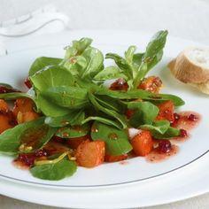 ESSEN & TRINKEN - Feldsalat mit gebratenem Kürbis Rezept
