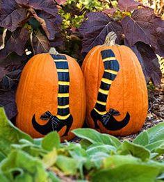 best halloween crafts! Wicked witch pumpkins