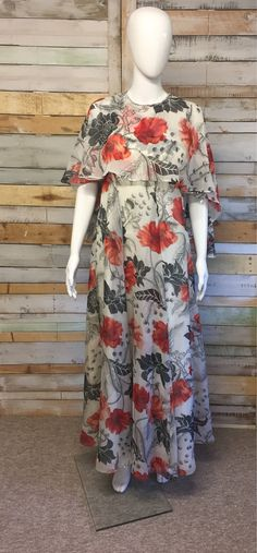 2af8890d496 Beautiful Jean Varon Floral poppies 1970 s maxi dress S