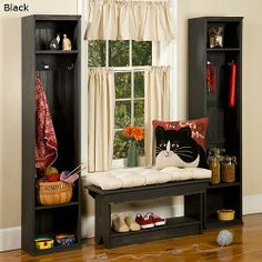 Hervorragend Primitive Mudroom Or Childu0027s Bedroom Nook With Built Ins ... Love