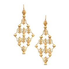 Acanthus Cutout Earring