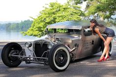 Pin-ups et Hot Rods