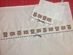 Conjunto de lençóis e fronha para berço, lindos e feitos por mim. Disponível no Elo7 para venda