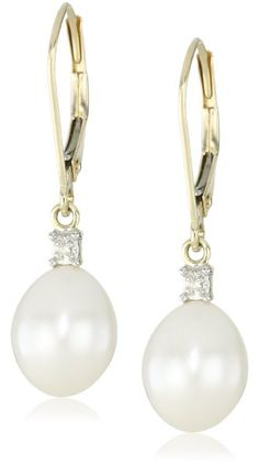 Yellow Gold Freshwater Cultured Pearl with Diamond-Accented Drop Earrings mm) ---Gorgeous! This would go great with a LBD! Pearl And Diamond Earrings, Pearl Jewelry, Diamond Jewelry, Jewlery, Jewelry Art, Cute Earrings, Beautiful Earrings, Dangle Earrings, Cultured Pearls