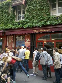 Fallafel (a kind of Judaic burger) shop - Rue des Rosiers, Marais, Paris