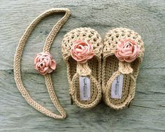 crochet baby shoes WILLOW Beige/Tan Crochet T-strap Mary Jane Baby by atelierbagatela Baby Girl Sandals, Crochet Baby Sandals, Crochet Shoes, Baby Girl Shoes, Crochet Slippers, Crochet Bib, Baby Girl Crochet, Crochet For Kids, Baby Shoes Pattern