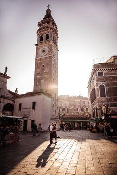 Venice wedding photography - Italy • Engagement photography • Benátky • MEMO photo agency - svadobný fotograf Bratislava, San Francisco Ferry, Venice, Wedding Photography, Building, Travel, Viajes, Venice Italy, Buildings