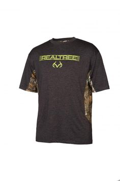 The Dakota Polo is a great, clean-cut look for every day and everywhere. Realtree Fabric is used for the underplacket and the inner neckband. Wear it while traveling without worrying about wrinkling or sweating, and look fresh for the office. Also wears well on hot days when you need something that feels light and cools off quick.